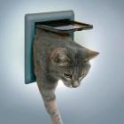 Дверь для кошки 2 позиции серая Trixie 38602