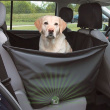 Чехол на сиденье автомобиля Dog Car Shelter - общий вид с питомцем в машине